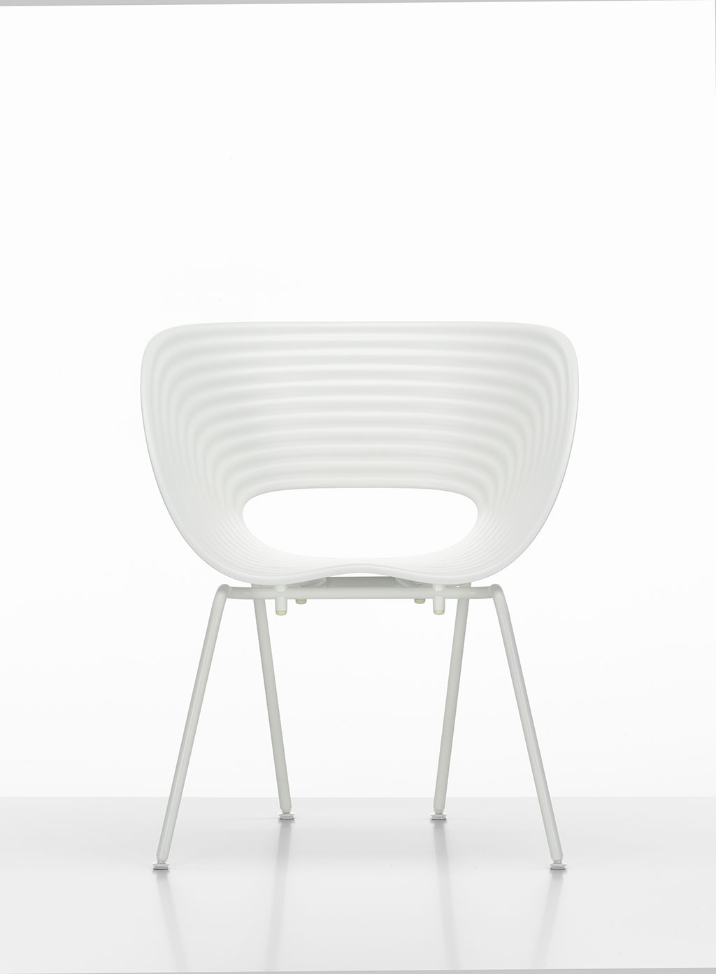 4 Tom Vac (white Shell And Ivory Base), © Vitra