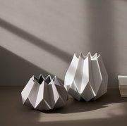 Vase Folded White