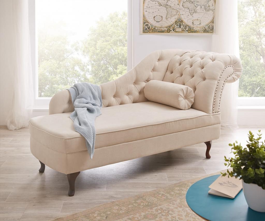 Eine extravagante Chaiselongue im eleganten Landhausstil: Patsy von DELIFE